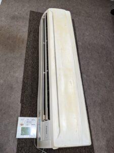 業務用エアコンクリーニング研修用の業務用エアコン室内機写真。業務用壁掛けエアコン